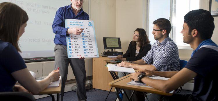 Corsi di lingue per aziende: quali elementi sono cruciali?